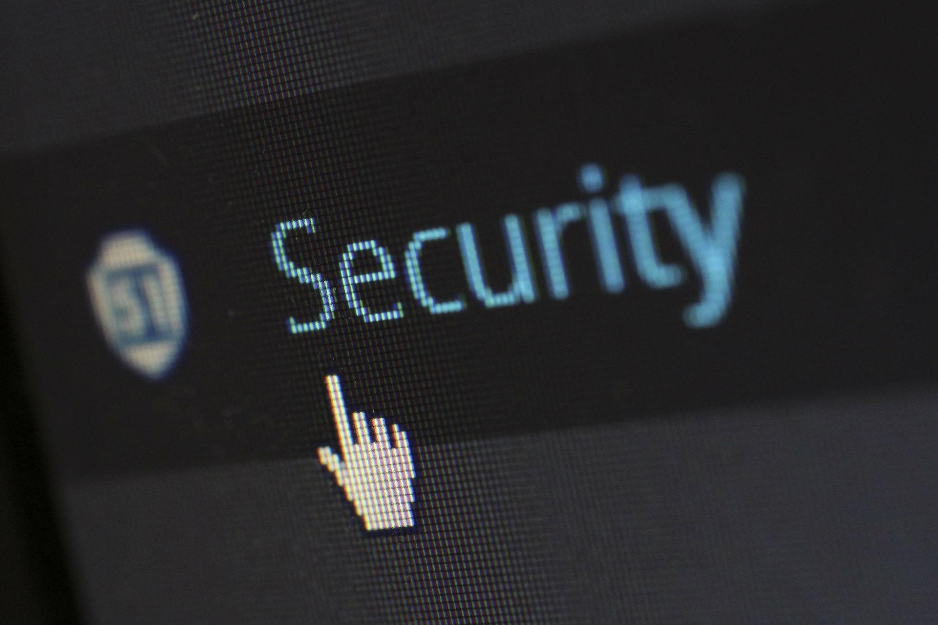 WordPress vs blogger security